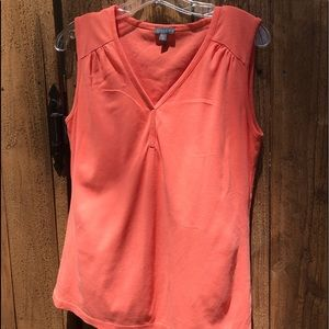 Lila P soft and casual top!